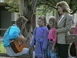 Henry Ramsay, Katie Landers, Sonia (1989), Beverly Marshall in Neighbours Episode 0965