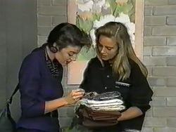 Gail Robinson, Bronwyn Davies in Neighbours Episode 0965