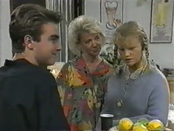 Nick Page, Helen Daniels, Sharon Davies in Neighbours Episode 0966