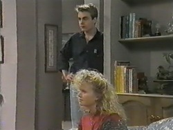 Nick Page, Sharon Davies in Neighbours Episode 0967