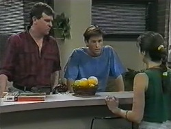 Des Clarke, Mike Young, Kerry Bishop in Neighbours Episode 0967