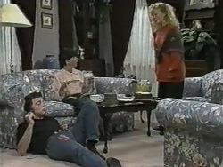 Matt Robinson, Hilary Robinson, Sharon Davies in Neighbours Episode 0967