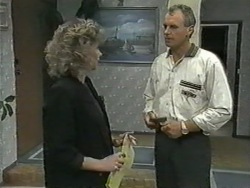 Beverly Marshall, Jim Robinson in Neighbours Episode 0968