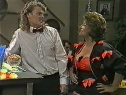 Henry Ramsay, Gloria Lewis in Neighbours Episode 0969