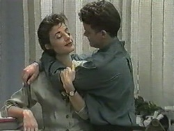 Gail Robinson, Paul Robinson in Neighbours Episode 0970
