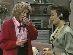 Madge Bishop, Gail Robinson in Neighbours Episode 0970