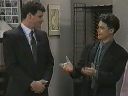 Kevin Harvey, Paul Robinson in Neighbours Episode 0970