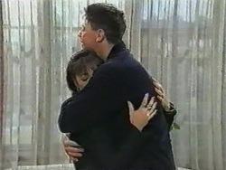 Kerry Bishop, Joe Mangel in Neighbours Episode 0971