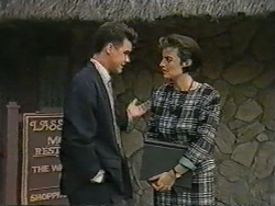 Paul Robinson, Gail Robinson in Neighbours Episode 0971