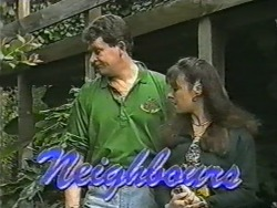 Des Clarke, Kerry Bishop in Neighbours Episode 0972