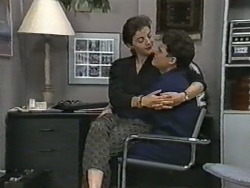 Gail Robinson, Paul Robinson in Neighbours Episode 0973