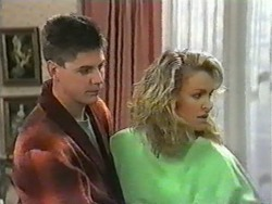 Joe Mangel, Noelene Mangel in Neighbours Episode 0973