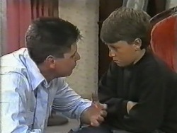 Joe Mangel, Toby Mangel in Neighbours Episode 0973