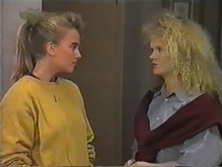 Bronwyn Davies, Sharon Davies in Neighbours Episode 0975