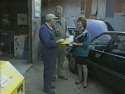 Rob Lewis, Jim Robinson, Gloria Lewis in Neighbours Episode 0975