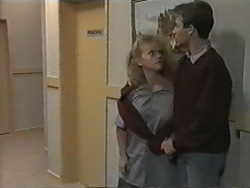 Sharon Davies, Nick Page in Neighbours Episode 0975