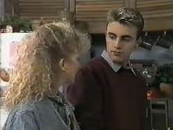 Sharon Davies, Nick Page in Neighbours Episode 0976