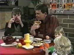 Kerry Bishop, Des Clarke, Jamie Clarke, Sky Bishop in Neighbours Episode 0976