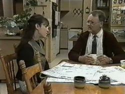 Kerry Bishop, Harold Bishop in Neighbours Episode 0976