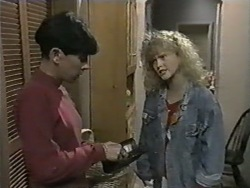 Hilary Robinson, Sharon Davies in Neighbours Episode 0976