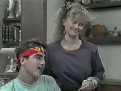 Nick Page, Sharon Davies in Neighbours Episode 0977