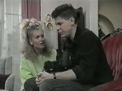 Noelene Mangel, Joe Mangel in Neighbours Episode 0977