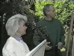 Helen Daniels, Jim Robinson in Neighbours Episode 0977