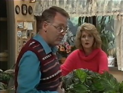 Harold Bishop, Madge Bishop in Neighbours Episode 0978