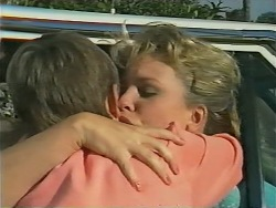 Toby Mangel, Noelene Mangel in Neighbours Episode 0978