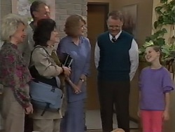 Helen Daniels, Jim Robinson, Pamela Lucas, Madge Bishop, Harold Bishop, Katie Landers in Neighbours Episode 0978
