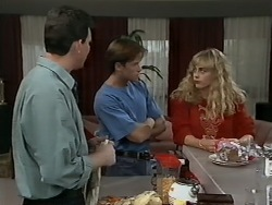 Des Clarke, Mike Young, Jane Harris in Neighbours Episode 0980
