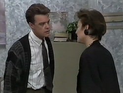 Paul Robinson, Gail Robinson in Neighbours Episode 0980