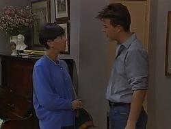 Hilary Robinson, Matt Robinson in Neighbours Episode 0980