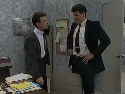 Paul Robinson, Kevin Harvey in Neighbours Episode 0980