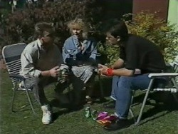 Nick Page, Sharon Davies, Matt Robinson in Neighbours Episode 0982