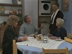 Beverly Robinson, Jim Robinson, Harold Bishop, Helen Daniels in Neighbours Episode 0982