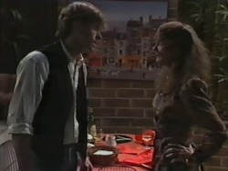 Mike Young, Barbara Young in Neighbours Episode 0982