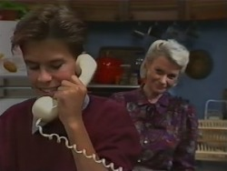 Todd Landers, Helen Daniels in Neighbours Episode 0983
