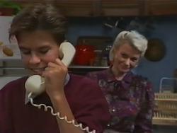 Todd Landers, Helen Daniels in Neighbours Episode 0983