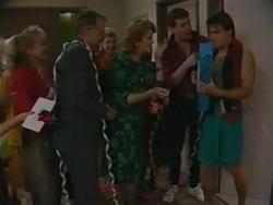 Jane Harris, Harold Bishop, Madge Bishop, Des Clarke, Mike Young in Neighbours Episode 0983