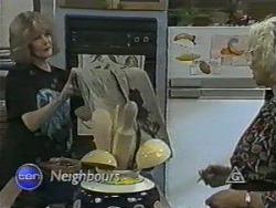 Madge Bishop, Helen Daniels in Neighbours Episode 0984
