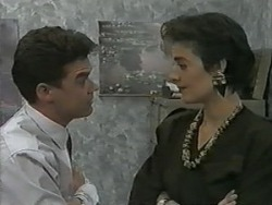 Paul Robinson, Gail Robinson in Neighbours Episode 0984