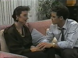 Gail Robinson, Paul Robinson in Neighbours Episode 0984