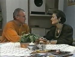 Jim Robinson, Gail Robinson in Neighbours Episode 0985