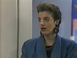 Gail Robinson in Neighbours Episode 0986