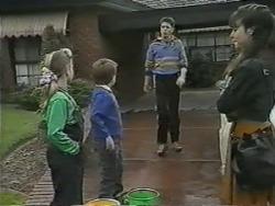 Katie Landers, Toby Mangel, Joe Mangel, Kerry Bishop in Neighbours Episode 0987
