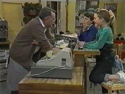 Harold Bishop, Toby Mangel, Katie Landers in Neighbours Episode 0987