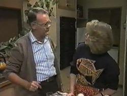Harold Bishop, Madge Bishop in Neighbours Episode 0987