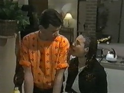 Des Clarke, Kerry Bishop in Neighbours Episode 0988