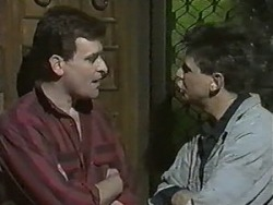 Des Clarke, Joe Mangel in Neighbours Episode 0988